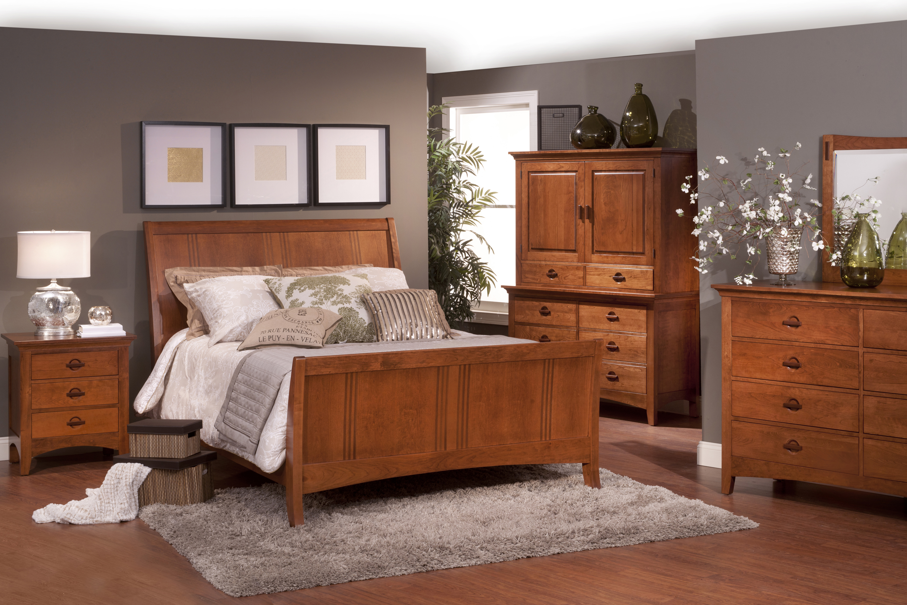Old thomasville bedroom set for Thomasville white bedroom furniture