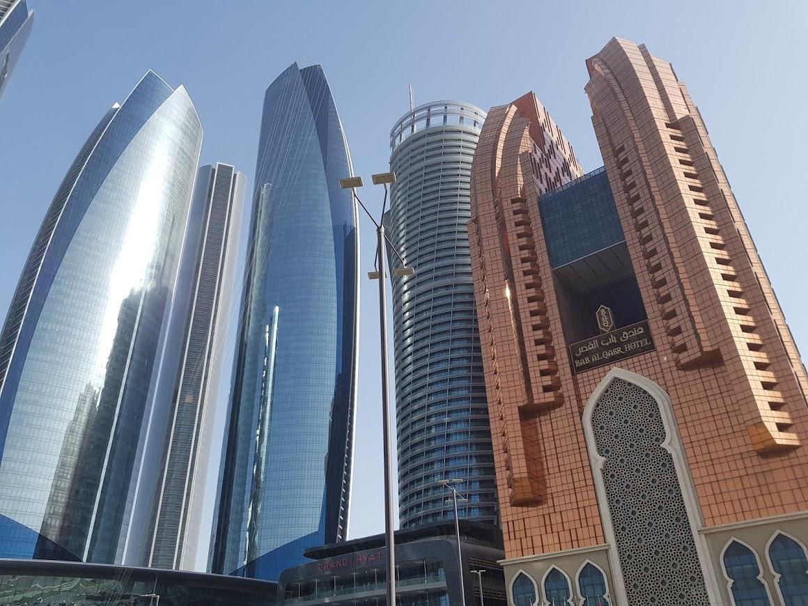 Abu Dabio bokštai