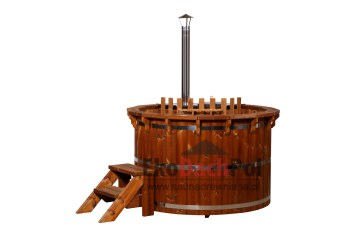 Deluxe thermowood hot tub with internal heater_2
