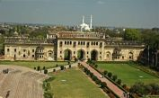 800px-Bara_Imambara_Second_Gateway_01