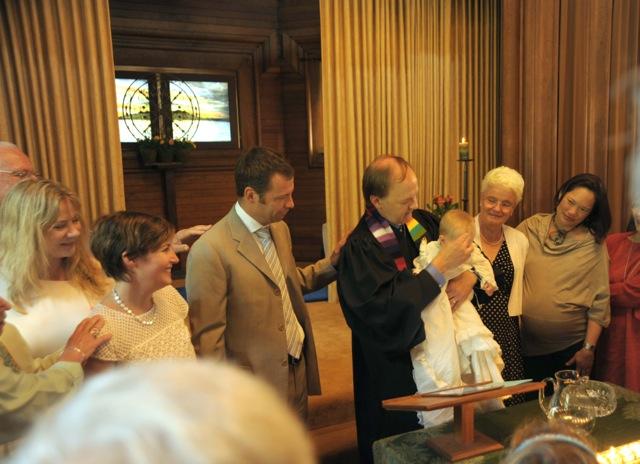 40 Baptism 14 Peek064