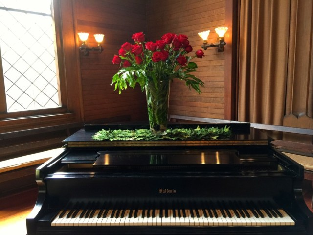 Our beautiful church piano roses IMG_0887
