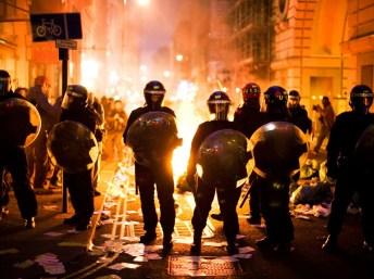 london-rioting-12