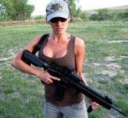 Girls with Guns 001