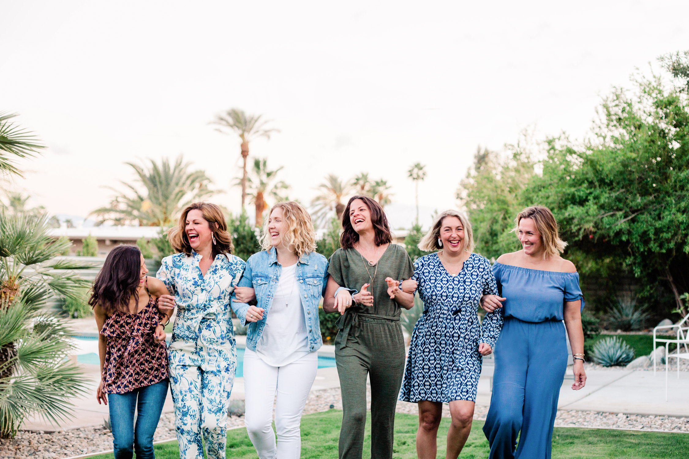 Savannah Michelle Photography Light and Airy Palm Springs Bachelorette Girls Weekend