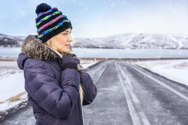 Woman traveling to Iceland