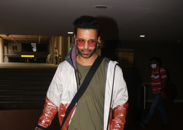 Aamir Ali Spotted at Airport Arrival