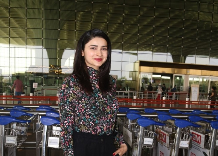 Prachi Desai Spotted at Airport Departure