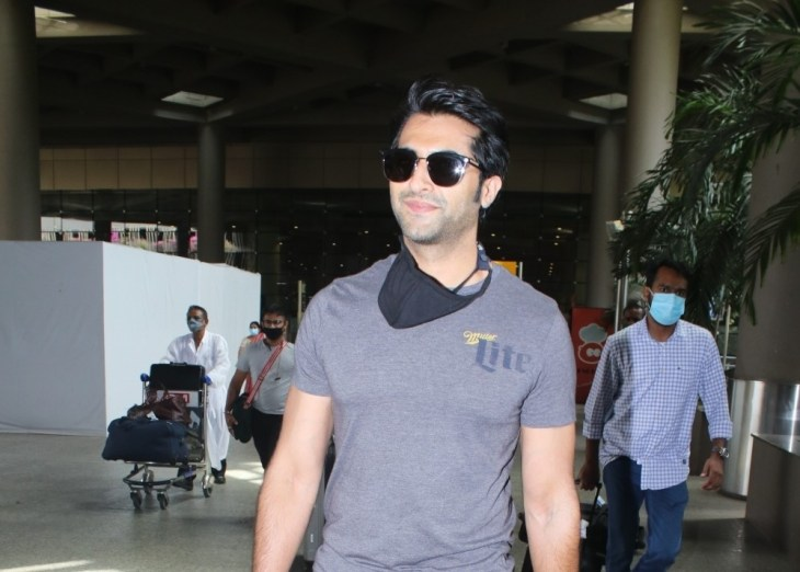 Akshay Oberoi spotted at airport arrival