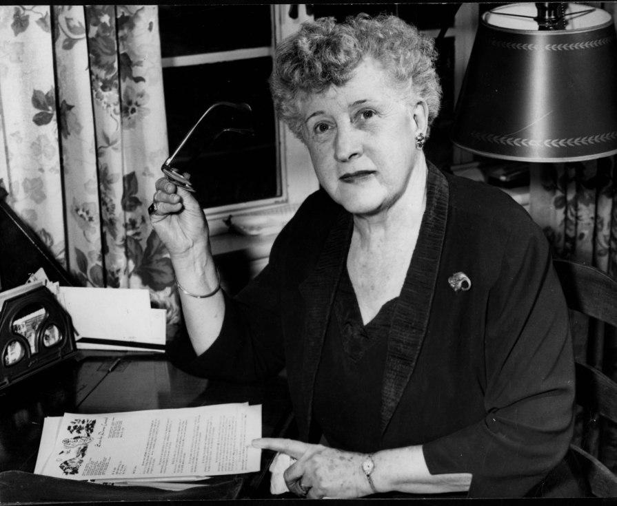 Dorothy Buell, n.d.--CRA149-6-10