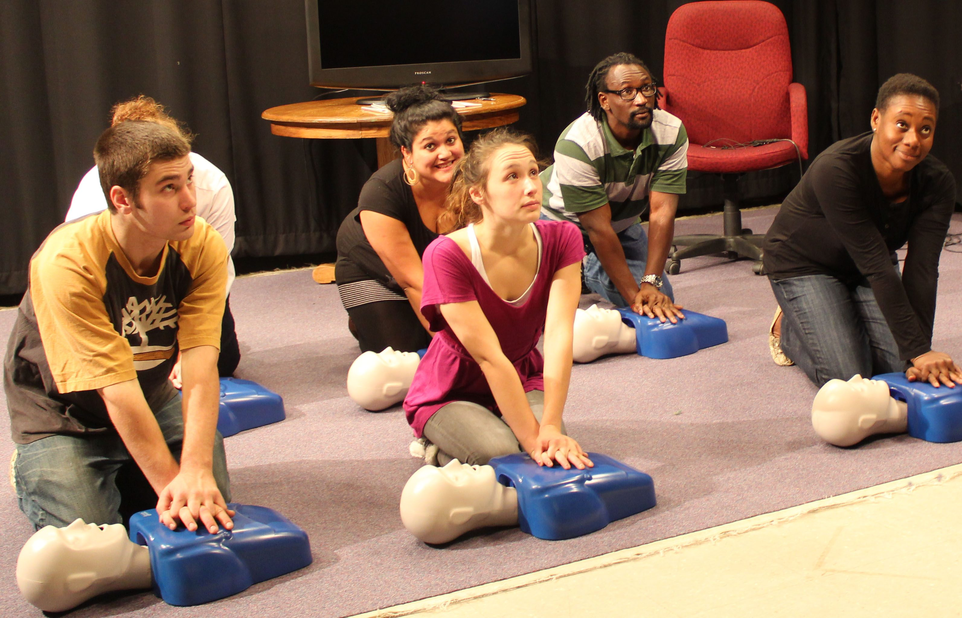 Save each life professional first aid cpr aed babysitters 6 participants in cpr class training on mannequins 1betcityfo Choice Image