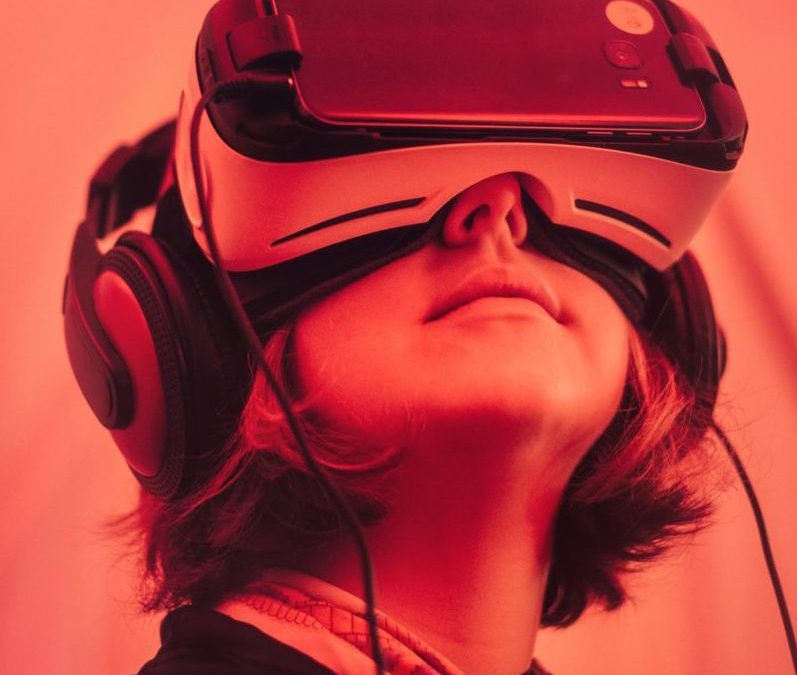How Virtual Reality Technology Can Give Customers Your In-Store Experience at Home