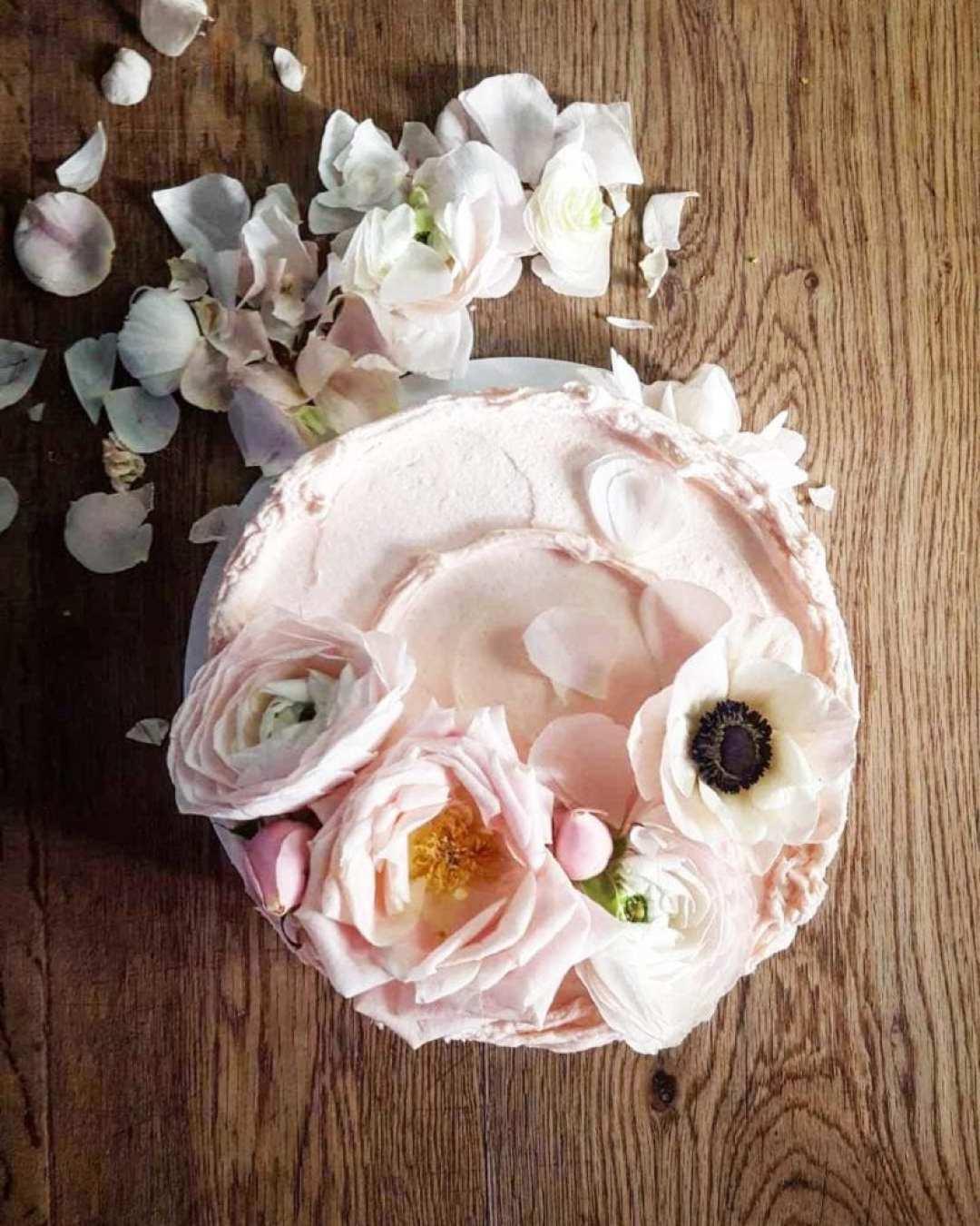 Claire Ptak Le choix surprenant de Harry et Meghan pour leur gâteau de mariage