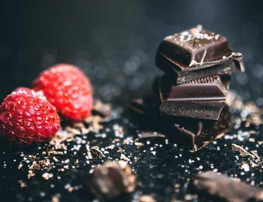 chocolat noir - pexels - Lisa fotios