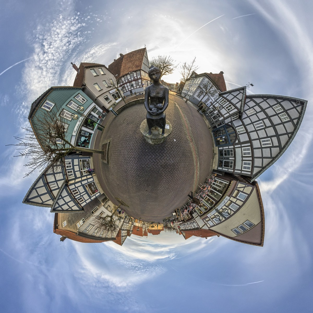 A small town imagined as a small planet