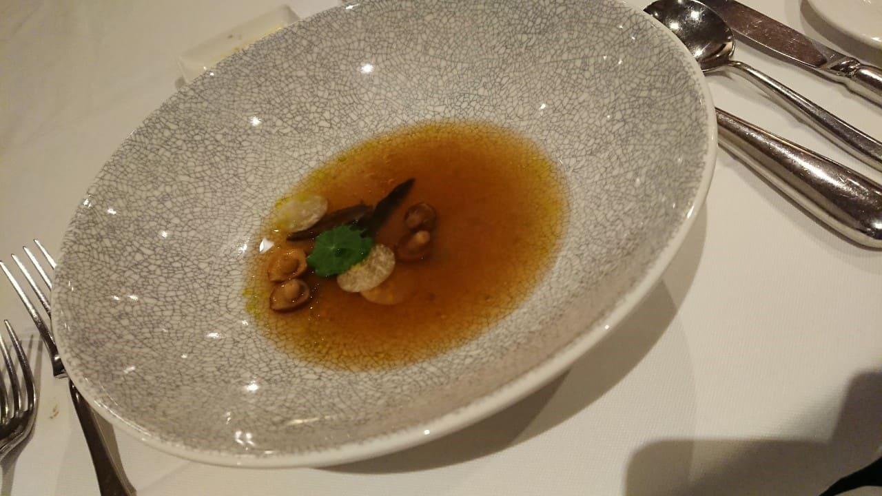 華國牛排-前菜-野菌。蔬菜澄清湯