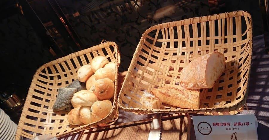 GMT 義大利餐廳-麵包