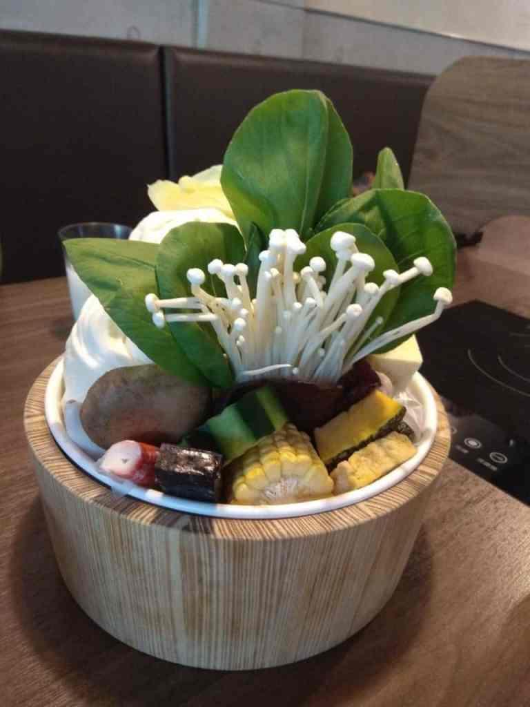 上官木桶鍋 菜盤