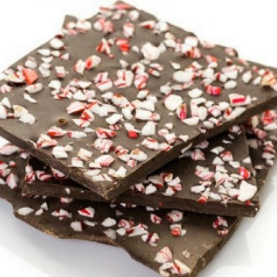 Are you dairy free? Do you miss chocolate? Try this amazing recipe for dairy free peppermint bark. You can have your peppermint and your chocolate too.