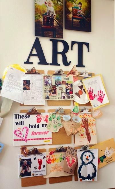 Our little ones are always creating so many great masterpieces...how do we show it off? Displaying artwork from your kids is easy with this simple tutorial!