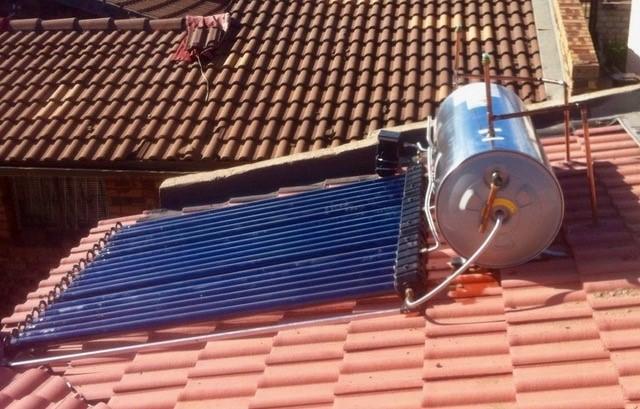 Solar Geyser 1