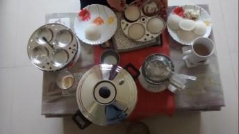 homemade idli and coconut chutney... perfect shapes :)