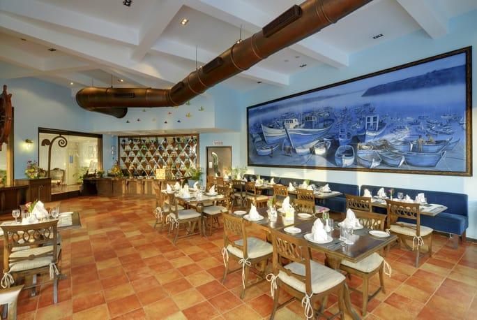 crown hotel restaurant