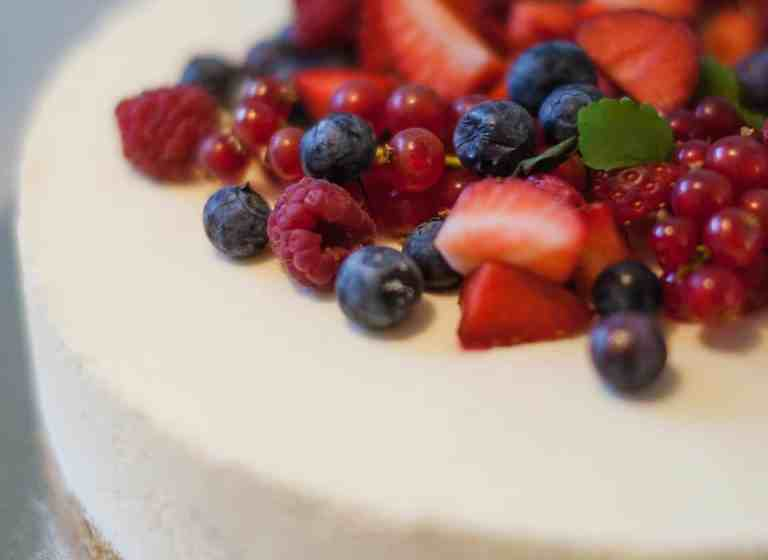 14 Patriotic 4th of July Cheesecake Desserts