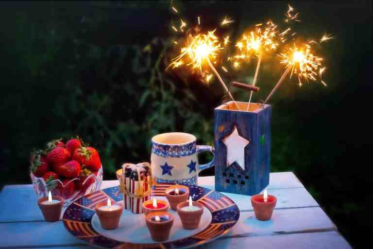 20+ Patriotic DIY Activities and Crafts for Kids and Adults