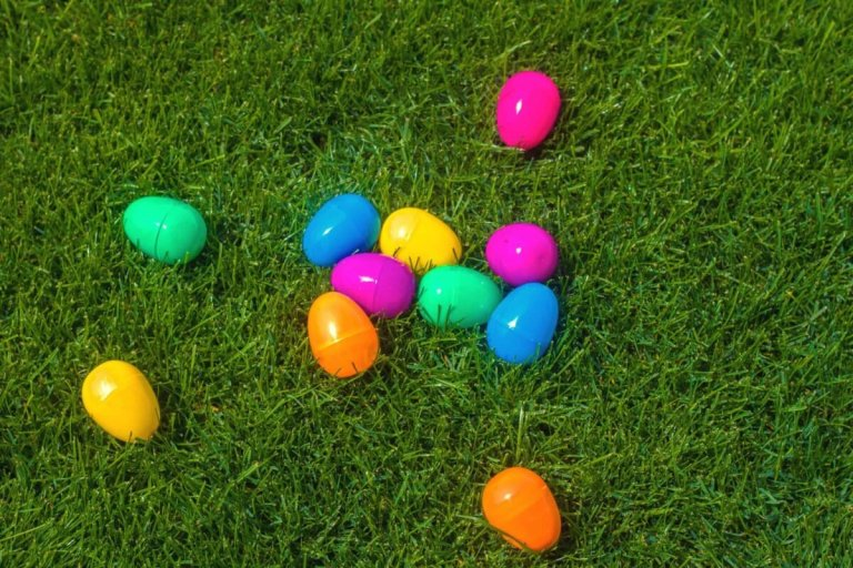 How to Have a Perfect Easter Egg Hunt