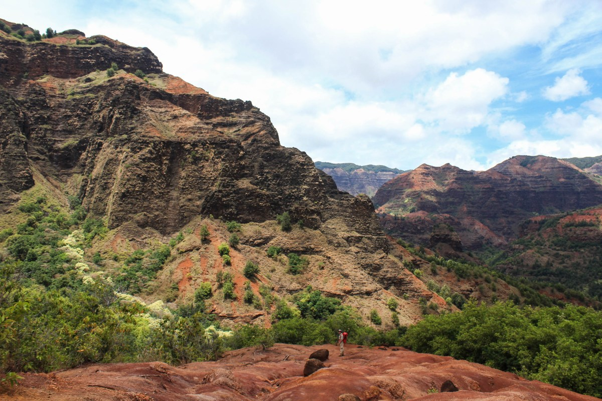 Backpacking Waimea Canyon