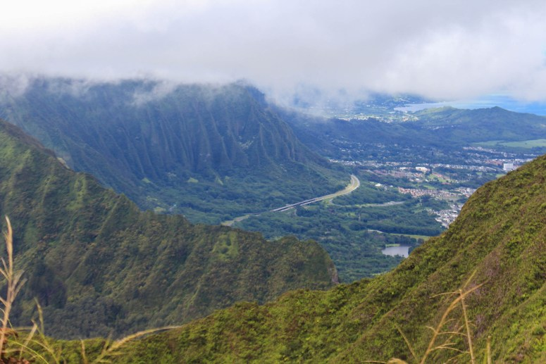 View of H3 from Konahuanui (K2)