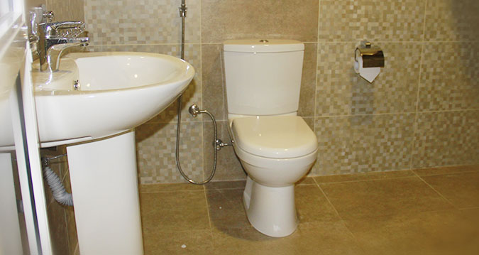 savinta-home-stay-malabe-bathroom-1