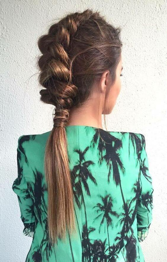 Stylish ponytail models for special nights - 2