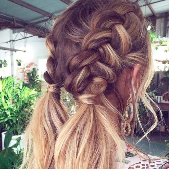 Hairstyles for Oily Hair - 15