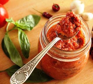 Pesto rosso sicilian