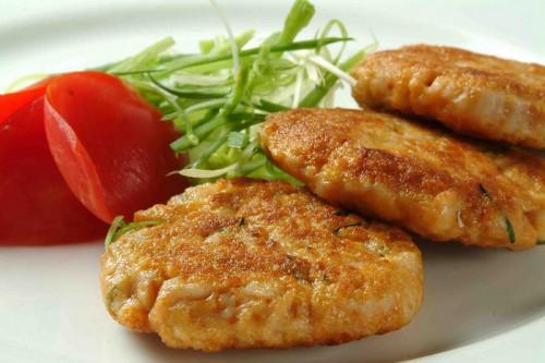 Chiftele din varza si cartofi (preparat de post)