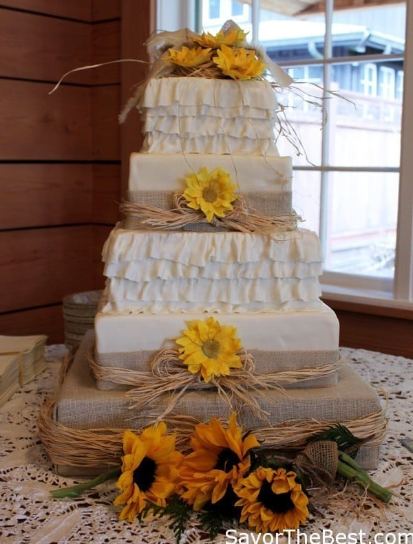 Country Themed Wedding Cake Design