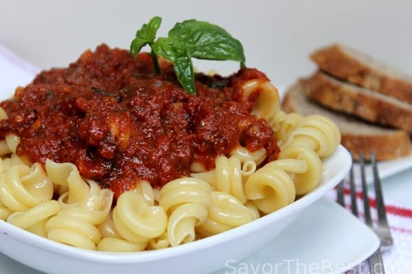 Tomato-Basil-and-Garlic-Sauce-1
