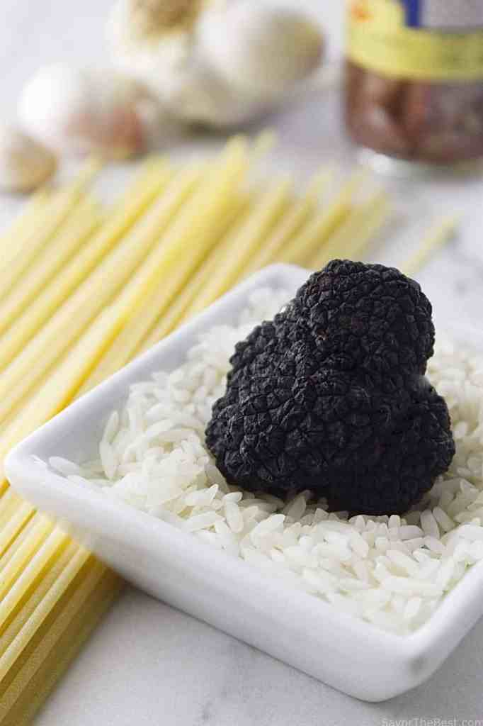 Pasta strands with black truffle sauce savor the best How long will spaghetti last in the refrigerator