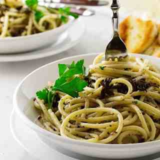 Pasta Strands with Black Truffle Sauce