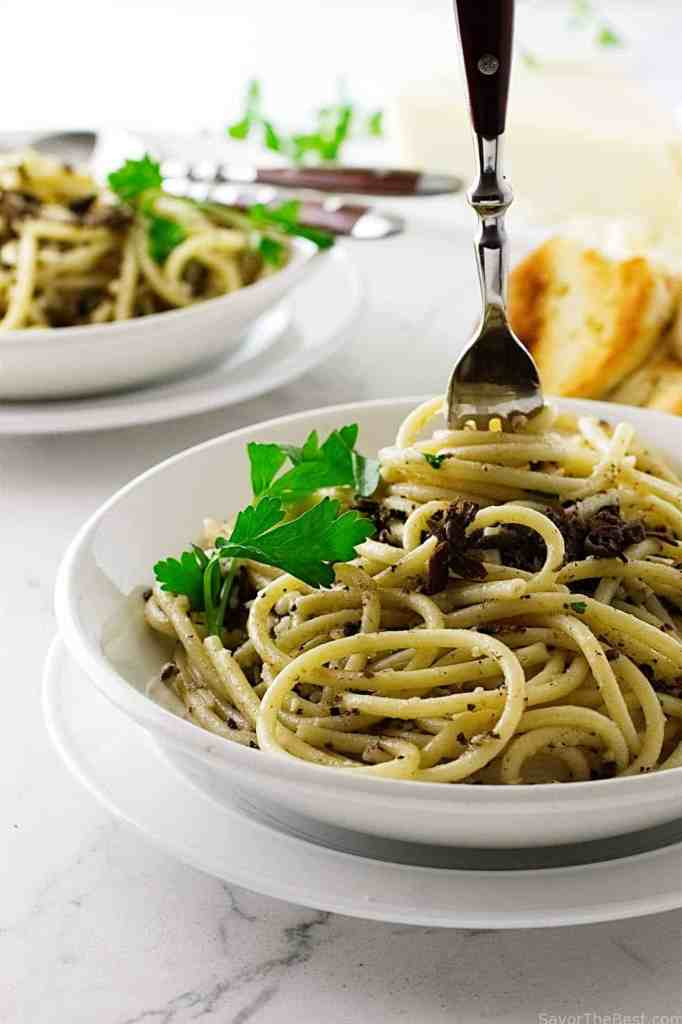 Black Truffles with Pasta Strands