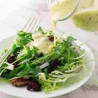 Cranberry-Pecan Garden Salad