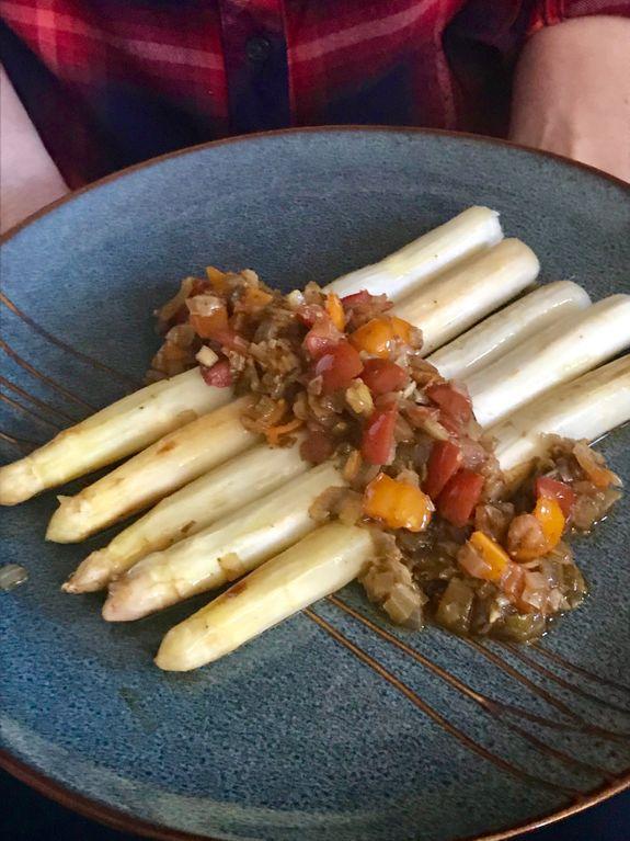 white asparagus spargle