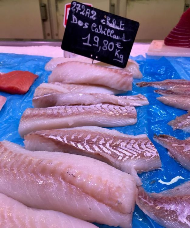 fish poissons les capusins marche market