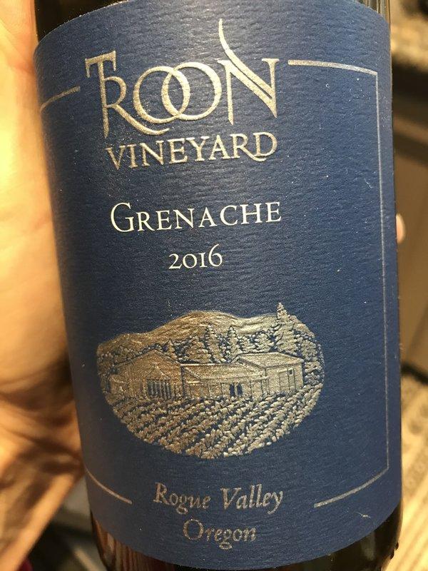 Oregon Applegate Valley wine