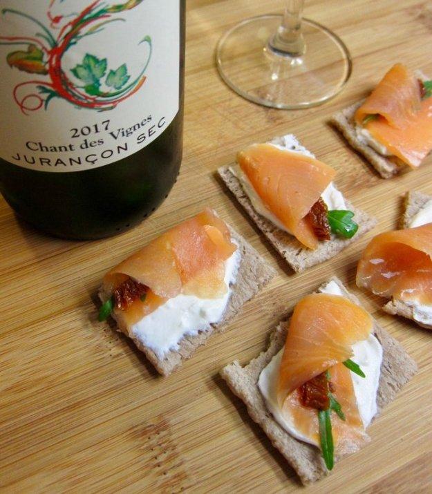 jurancon sec Domain Cauphape smoked salmon crudites food pairing