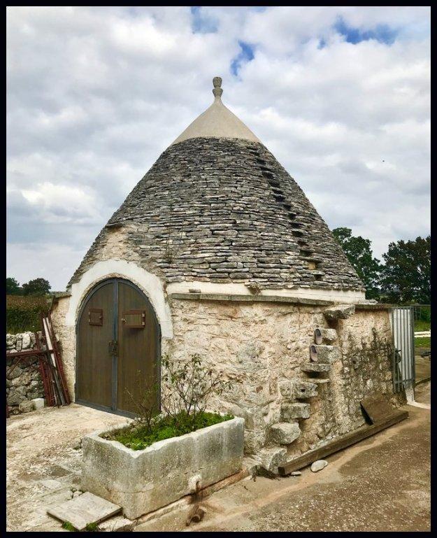 Truil huts Puglia