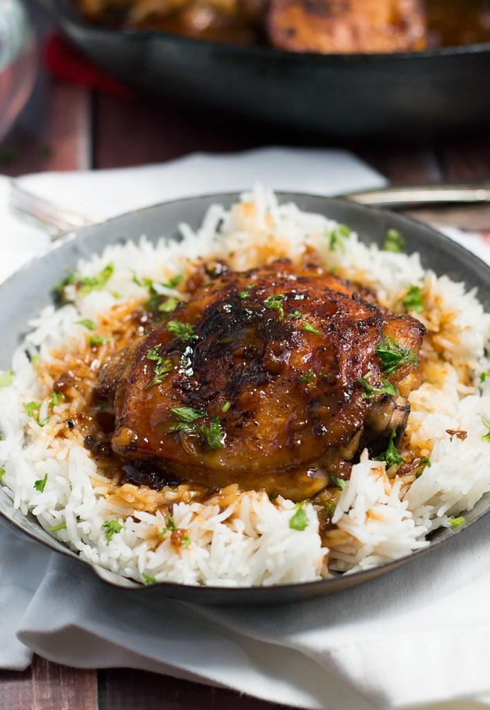 Crispy One Pan Honey Garlic Ethiopian Berbere Chicken Thighs dsc_0695