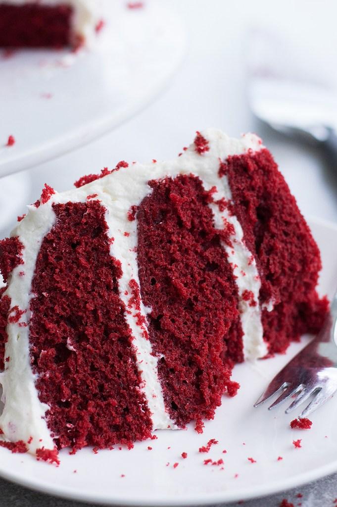 Light And Fluffy Red Velvet Cake Recipe